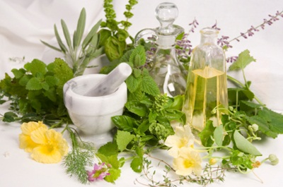 gyógyítja a magas vérnyomást és a fejfájást)