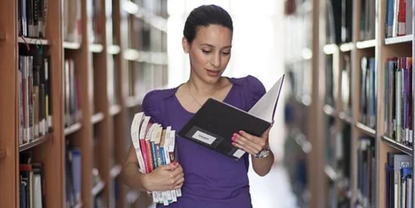 egyetemi főiskolai képzések felvételi ponthatárok 2020
